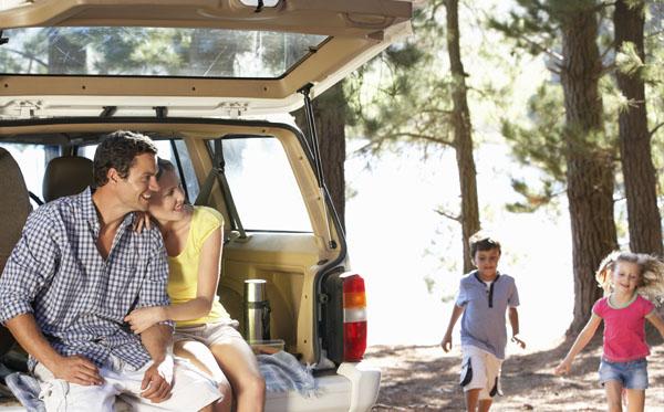 سفر خانوادگی با اتومبیل شخصی
