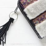 چطور کیف ساده خود را به یک کیف شیک زمستانی تبدیل کنیم؟
