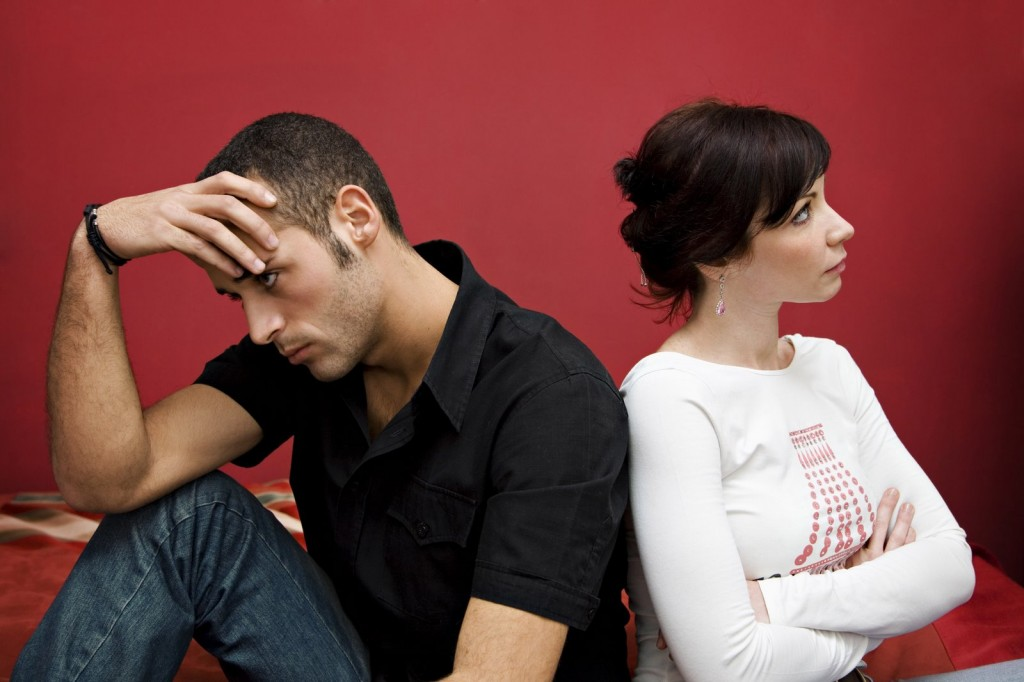 dealing with a jealous partner h 7003112 1024x682 خودشیفتهها، حسود میشوند