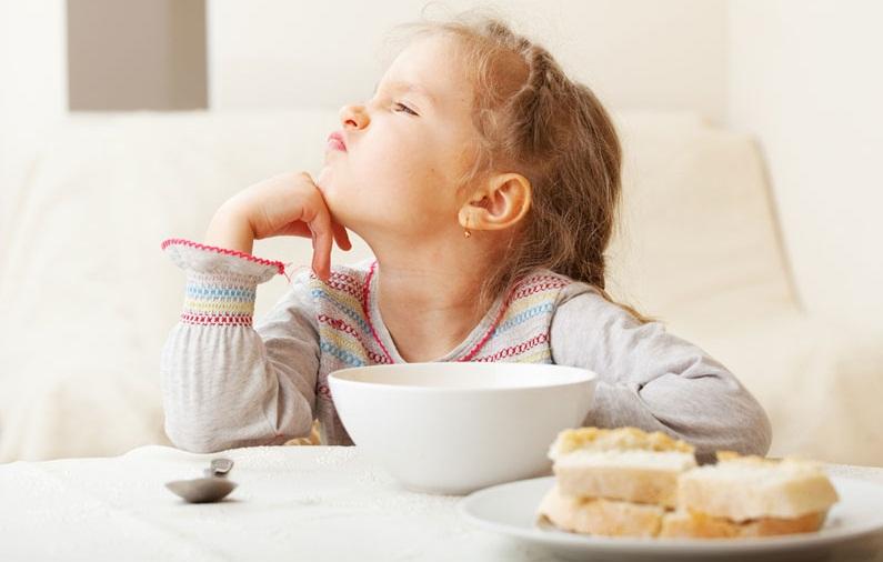 چرا کودکان صبحانه نمیخورند؟